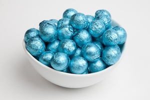 Caribbean Blue Foiled Milk Chocolate Balls (10 Pound Case)