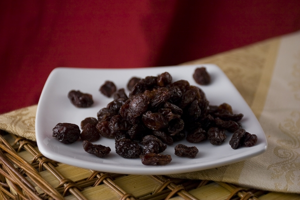 Dark Raisins (1 Pound Bag)  - No Sugar added