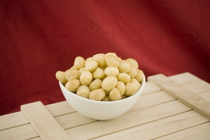 Deluxe Whole Macadamias (10 Pound Case)