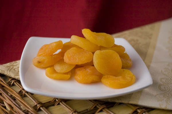 Dried Jumbo Apricots (10 Pound Case)
