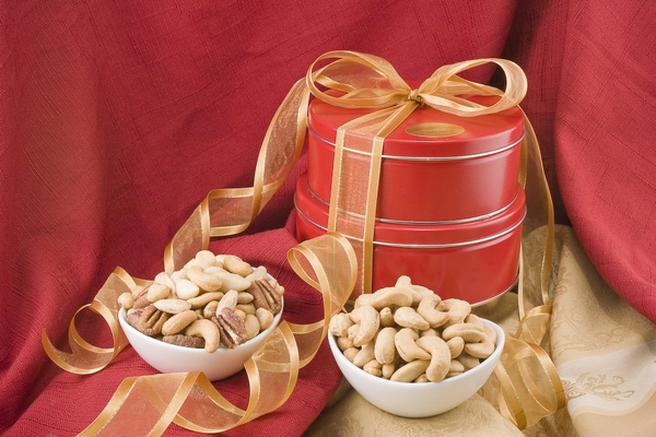 Giant Whole Cashews/Superior Mixed Nut Gift Tin Tower
