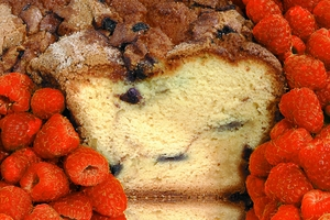 Golden Raspberry Coffee Cake