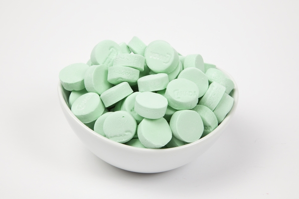 Green Spearmint Canada Mints (4 Pound Bag)