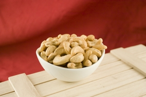 Large Whole Cashews (10 Pound Case)