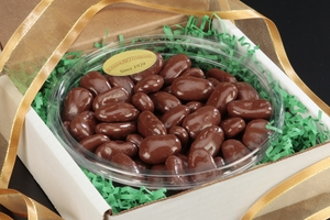 Milk Chocolate Pecans Gourmet Tray