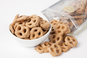 Peanut Butter Pretzels (14 oz Bag)