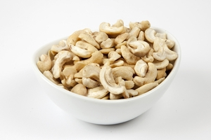 Raw Cashew Halves (4 Pound Bag)