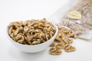 Raw Walnuts (1 Pound Bag)