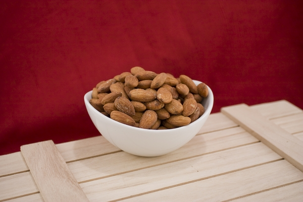 Roasted California Almonds (10 Pound Case)