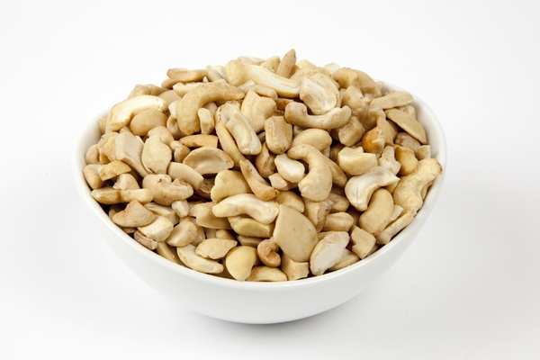 Roasted Cashew Pieces (4 Pound Bag)