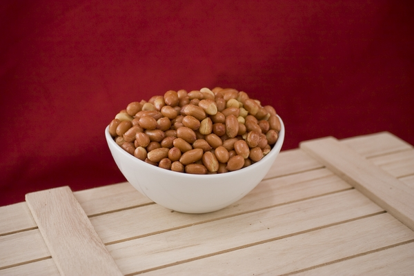 Roasted Spanish Peanuts (10 Pound case)