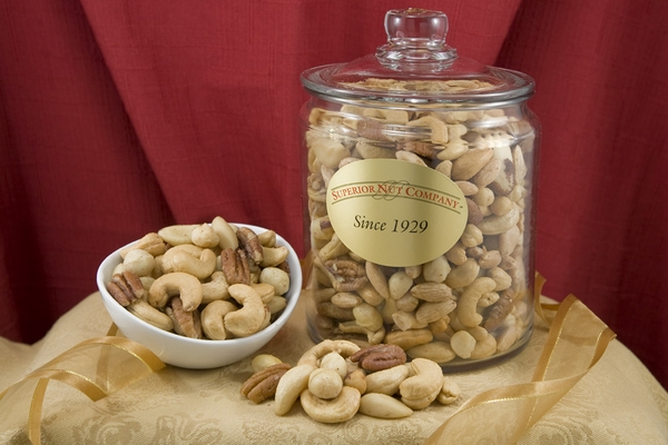 Superior Mixed Nuts (2.75 Pound Glass Jar)