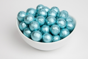 Tiffany Blue Foiled Milk Chocolate Balls (10 Pound Case)