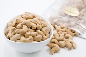 Unsalted Dry Roasted Cashews (1 Pound Bag)