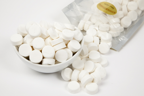 White Peppermint Canada Mints (1 Pound Bag)