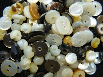 Mother of Pearl Antique Buttons