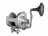 Accurate BXL-600 Light Line Conventional Reels