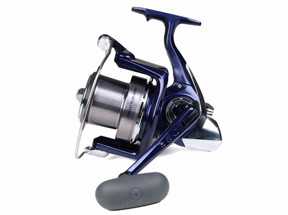 Daiwa EMCP4500A Emcast PLUS Spinning Reel - Buy 1 Get 1