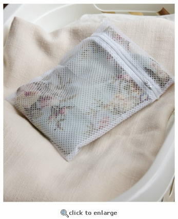 Wash Bags for Delicate Laundering