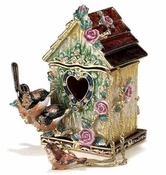 Large Wren Birdhouse Box With Necklace