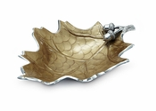 Julia Knight Oak Leaf Collection