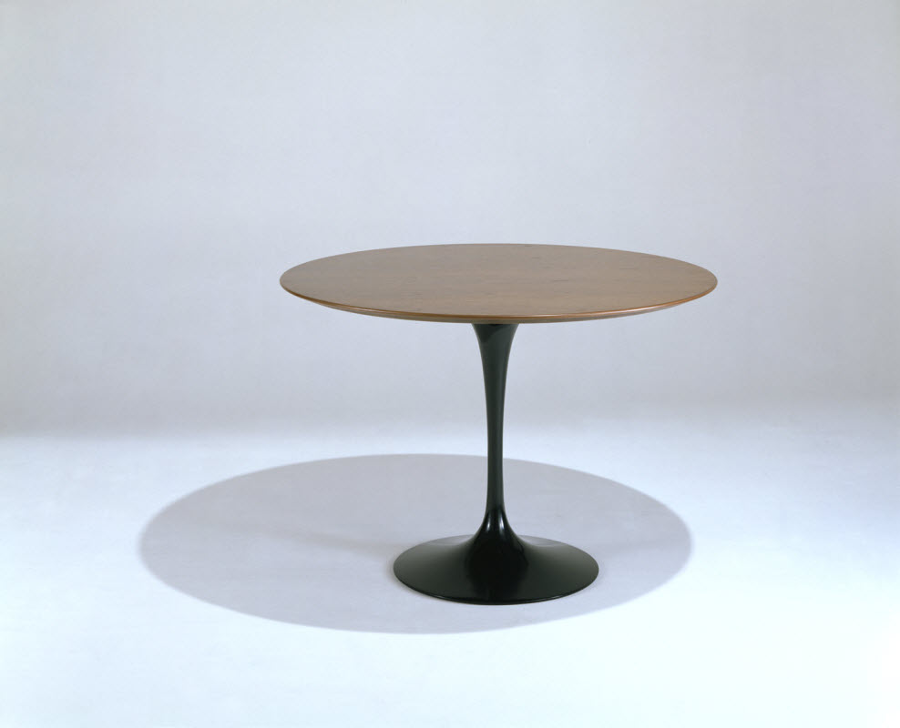 Knoll Tables Knoll Saarinen Large 60 Inch Round Dining Table