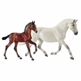 Breyer Fantasia Del C and Gozosa 1777
