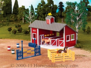 Breyer Stablemates Red Stable Set 59197