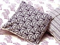 Tilonia® Home: Decorative Pillow Cover in Mod Mum in Plum