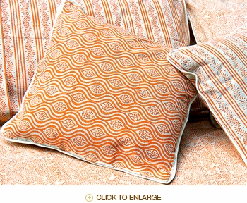 Tilonia® Home: Decorative Pillow Cover in Mod Pod in Pumpkin