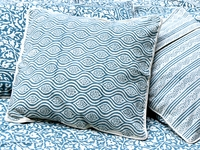 Tilonia® Home: Decorative Pillow Cover in Mod Pod in Teal