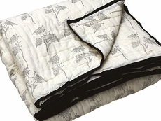 Tilonia Home: Twin Quilt - Fancy Floral in Black & White