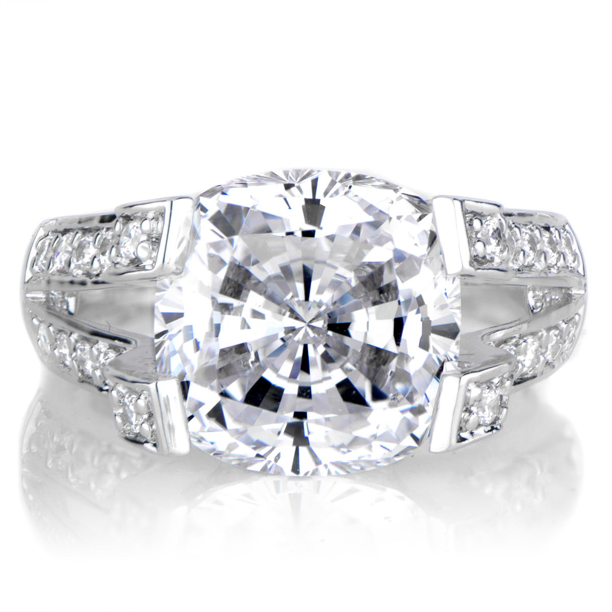 Elizabeths Round Cut CZ Engagement Ring