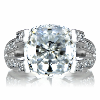 Elizabeth's Fake Engagement Ring - CZ Diamond