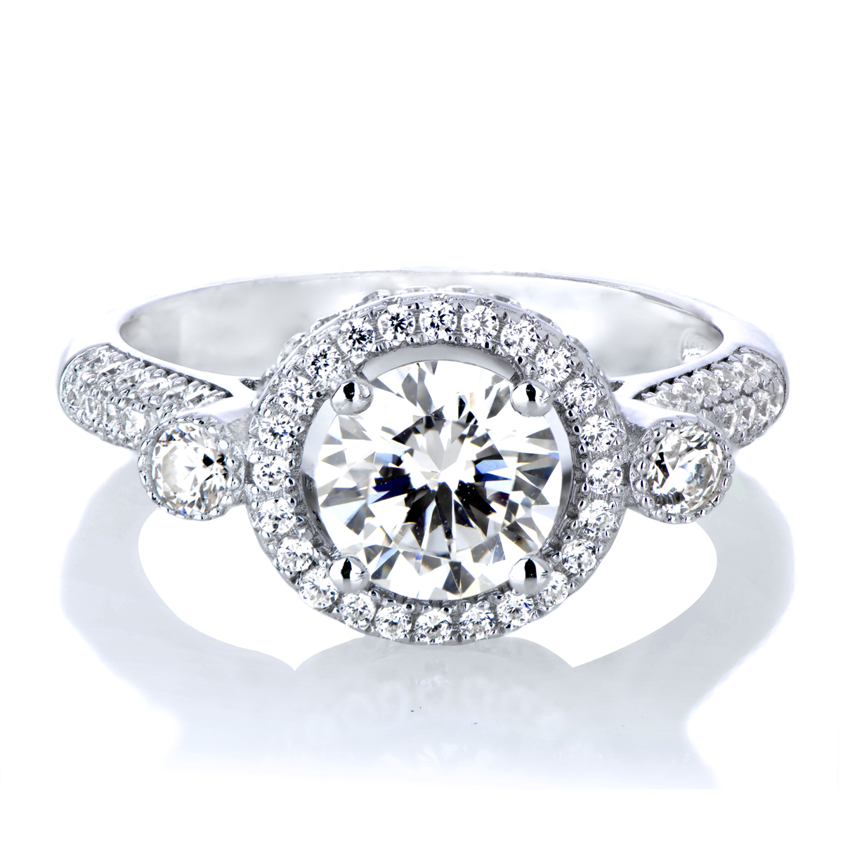 Round antique style engagement rings