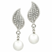 Marjorie's Faux Pearl Dangle Earrings - Round