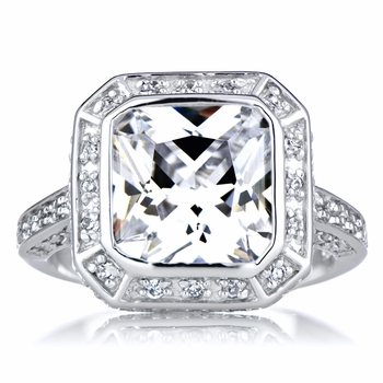 Vedete's Fake Engagement Ring - 5 CT CZ Diamond
