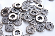 "2 Hole Vintage Embossed Silver Metal Buttons 5/8"" inch (12 pcs)"