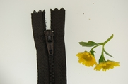 "25"" Black Zipper"