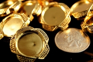"Metallic Gold Embossed Vintage Shank Buttons 1"" (12 pcs)"