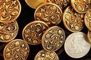 "Vintage Embossed Gold Metal Shank Buttons 7/8"" inch (8 pcs)"