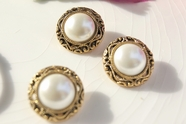 "Vintage Gold Metallic Shank Faux Pearl Buttons 7/8"" inch (8 pcs)"