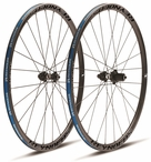 Reynolds Attack Carbon Clincher Wheelset | Disc Brake