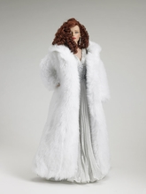 """16"""" WINTER FLAME SYDNEY CHASE - incl fur coat"""