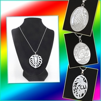 Mother of Pearl Shell w/Silver Chain Necklace
