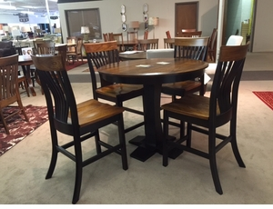 Amish Gathering Table Set