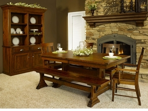 Ann Arden Amish McKinley Dining Set