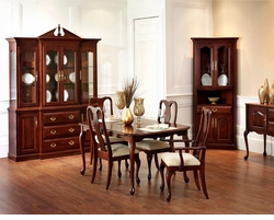 Ann Arden Amish Queen Anne Dining Set