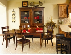 Ann Arden Amish Sonoma Dining Set