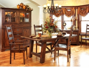 Ann Arden Amish Williamsburg Dining Set